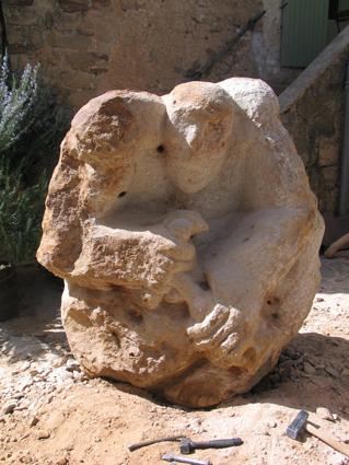 sculpture sandstone montagnac